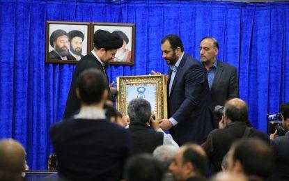 دیدار اعضای شورای مرکزی موسسه سفیران صلح و سازمان ایمارو با آیت اله سید حسن خمینی